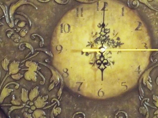 Объемный трафарет часы 1