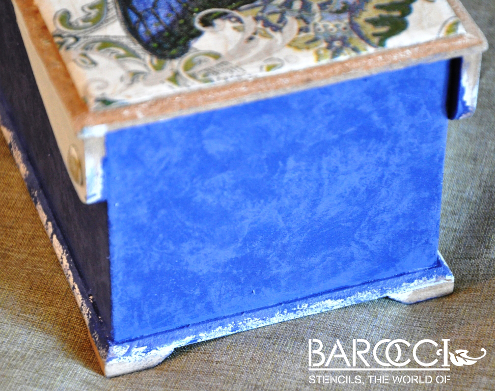 barocci_stencil_blue_box (4)