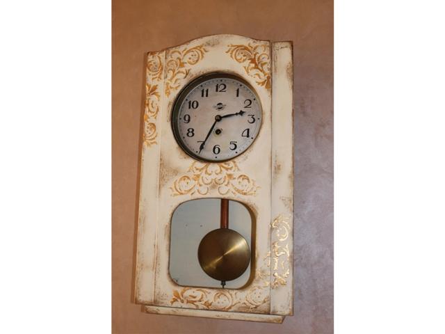 белые часы 010(1)