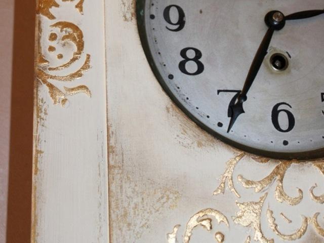 белые часы 011(1)